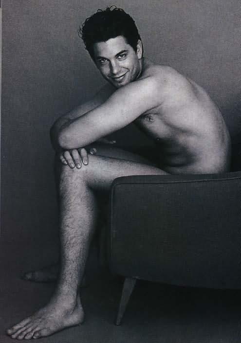 Ini dia beberapa foto terbaik adam garcia